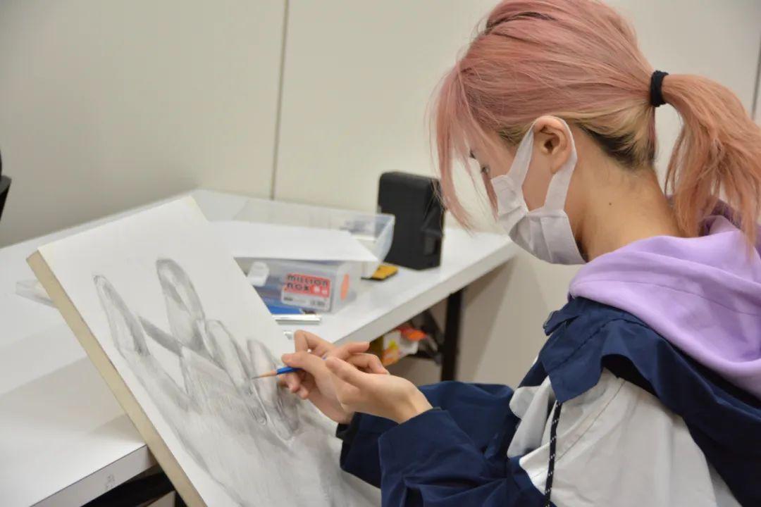 千代田美术丨中日美大入试大不同?!考场上带这些画材就够了